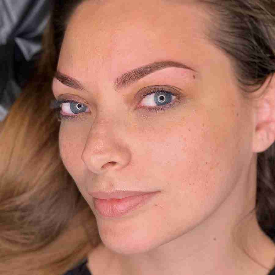 Microbladed ombre eyebrows natural brown hair